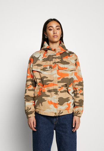 LADIES OVERSIZED CAMO JACKET