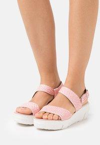 Wonders Green - Platform sandals - coralus mora - 0