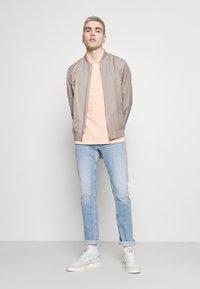 Tommy Jeans - SCANTON SLIM - Slim fit -farkut - denim - 1