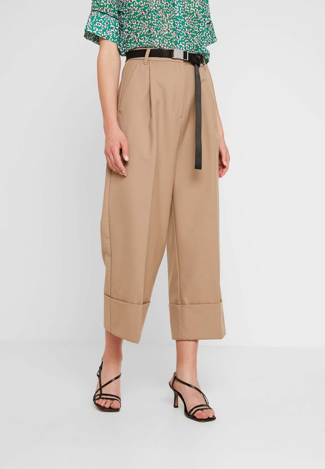 HEIDI PANTS - Trousers - camel