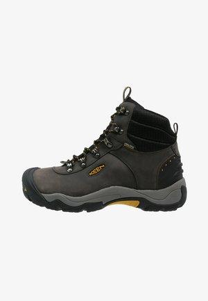 REVEL III - Hiking shoes - magnet/tawny olive