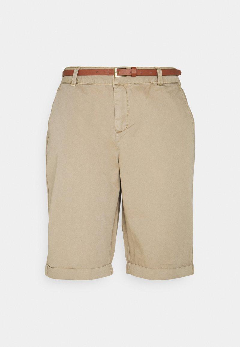 Vero Moda - VMFLASH BERMUDA BELT - Shorts - silver mink