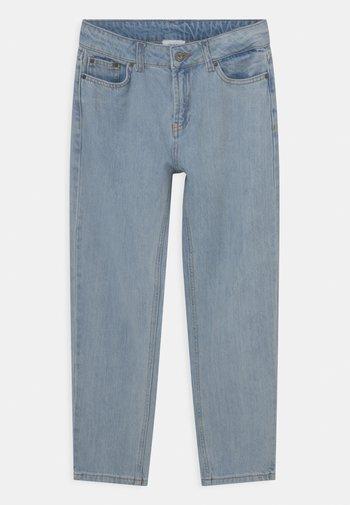 STREET LOOSE TREK  - Relaxed fit jeans - stein