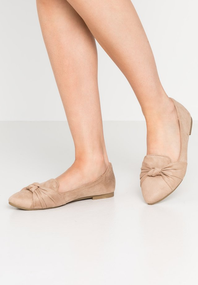 BARCELONA - Slippers - beige