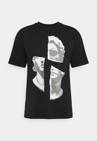 FACE COLLAGE PRINT TEE - Print T-shirt - black