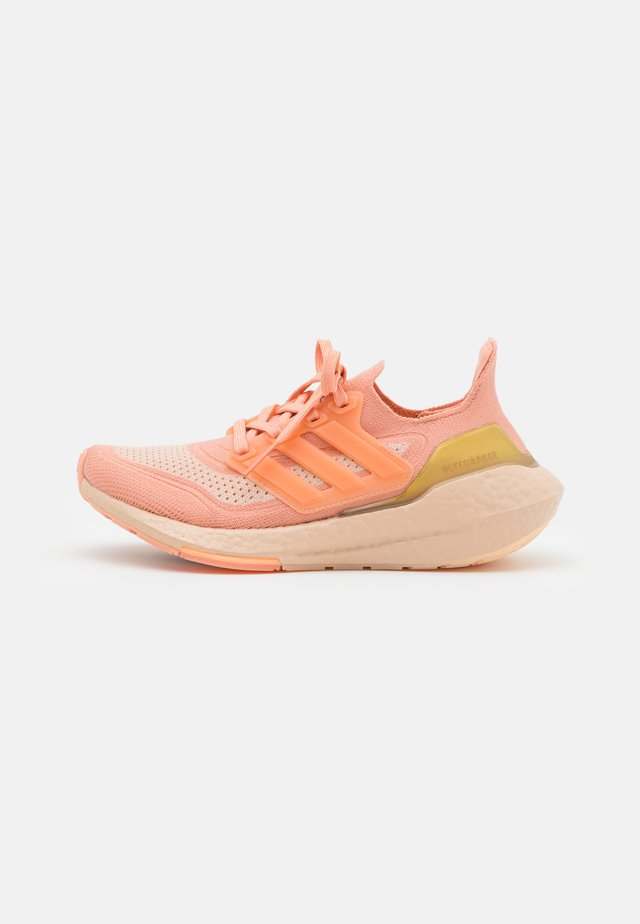 ULTRABOOST 21  - Chaussures de running neutres - ambient blush/halo blush