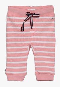 Tommy Hilfiger - BABY RUGBY STRIPE GIFTPACK SET - Foulard - pink icing - 2
