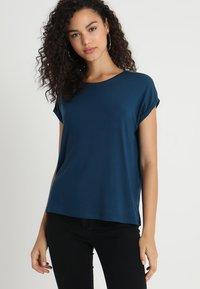 Vero Moda - VMAVA PLAIN - T-shirt basic - gibraltar sea - 0
