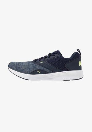 NRGY COMET - Neutrální běžecké boty - peacoat/sharp green/white