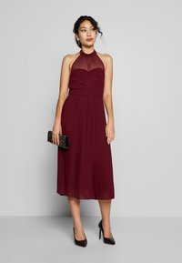 TFNC Tall - SAMANTHA TALL - Vestido de cóctel - burgundy - 1