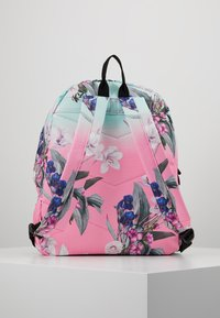 Hype - BACKPACK FLORAL FADE - Batoh - multi - 3