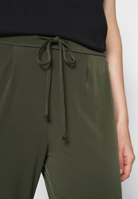 Betty & Co - Trousers - dusty olive - 5