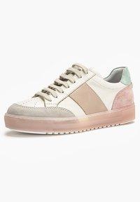 Inuovo - Sneakers laag - beige multi bem - 1