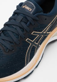 ASICS - GEL-KAYANO 27 - Stabilty running shoes - french blue/champagne - 5
