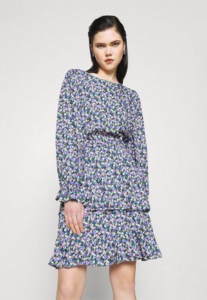 PCSASSI DRESS - Day dress - lilac