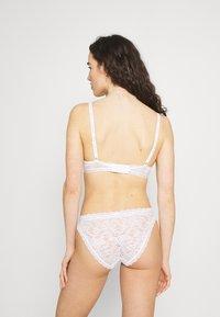 Calvin Klein Underwear - ONE LINED - Sujetador con aros - white - 2