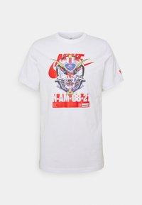 Nike Sportswear - TEE MECH AIR MASK - Print T-shirt - white - 0