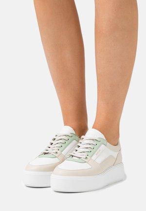 ELISE BLOOM - Baskets basses - white/green