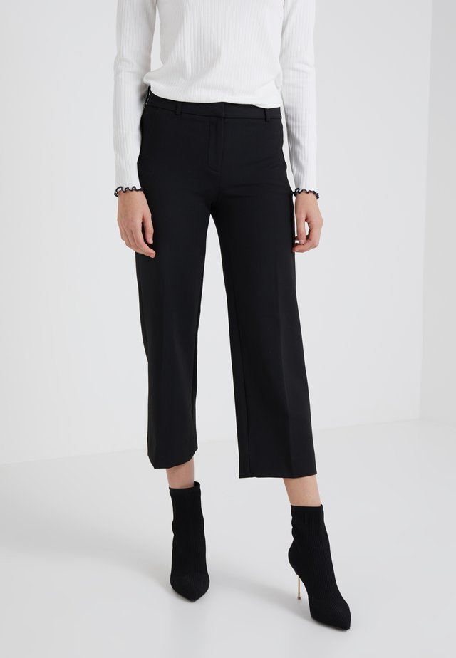 EVERYBODY WIDE LEG SEASONLESS STRETCH - Pantalon classique - black