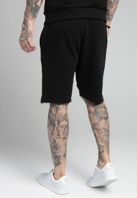 SIKSILK - RELAXED CREW  - Shorts - black - 4