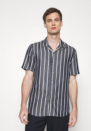 ROAD SHIRT - Overhemd - navy/white