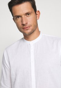 TOM TAILOR DENIM - MIX TUNIC - Košile - white - 3