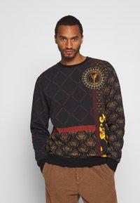 Carlo Colucci - Sweatshirts - black - 0