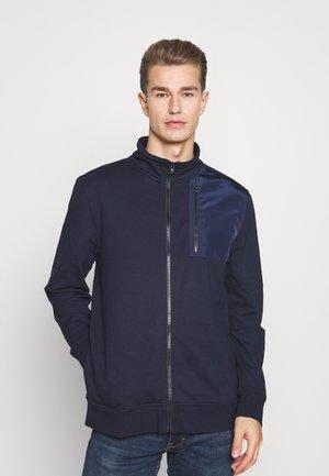 V CHEST POCKET MIXED MEDIA - Zip-up sweatshirt - preppy navy