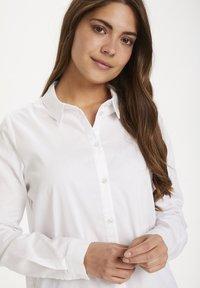Kaffe - KASCARLET - Button-down blouse - optical white - 2