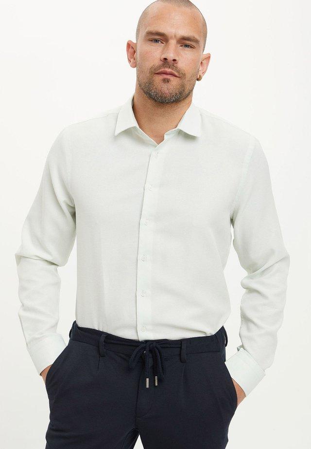 Koszula biznesowa - green