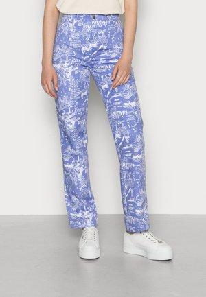 RIOT PANTS - Džíny Straight Fit - dark blue/white