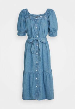 MIKA DRESS - Denimové šaty - blue denim