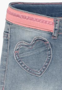 Desigual - RODRIGUEZ - Short en jean - blue denim - 3