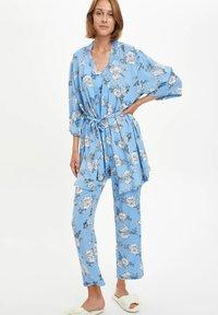 DeFacto Fit - Pyjamapaita - blue - 1