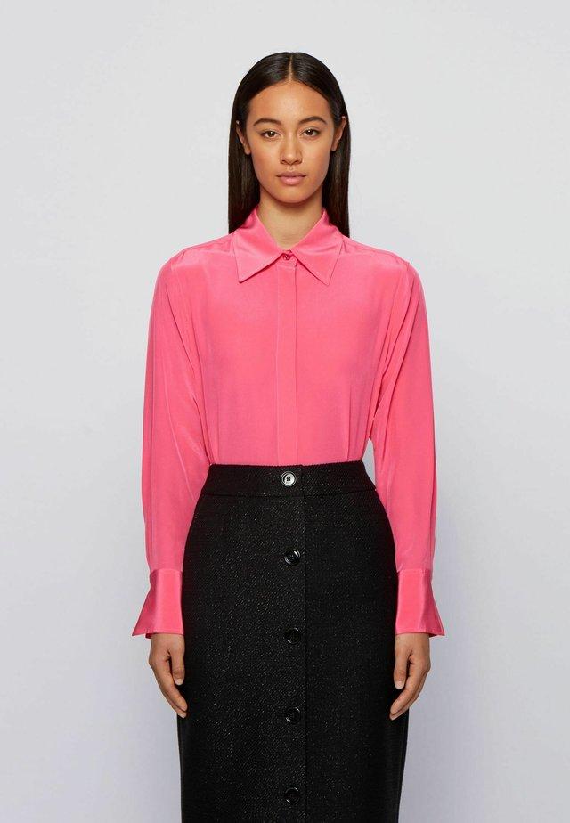 BENTE - Button-down blouse - pink