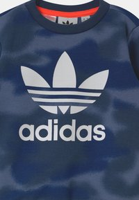 adidas Originals - CREW SET UNISEX - Chándal - blue - 3