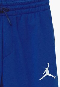 Jordan - JUMPMAN FIRE - Trainingsbroek - hyper royal - 3