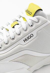 HUGO - MATRIX  - Trainers - open grey - 5