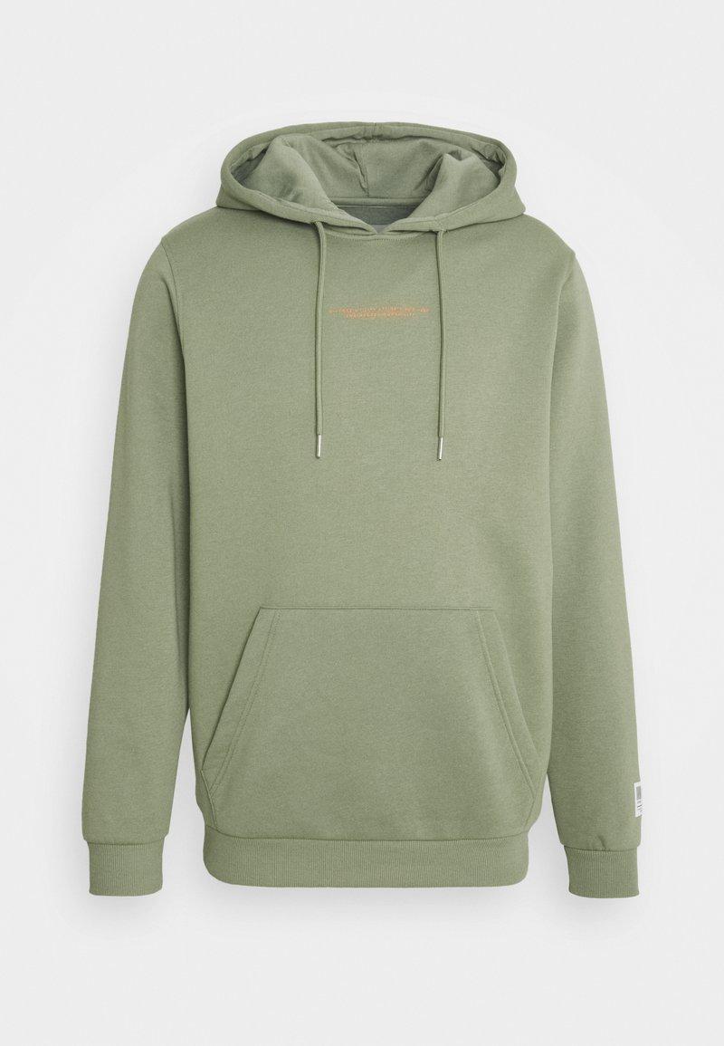 Jack & Jones - JCOUTILITY HOOD - Sweatshirt - oil green