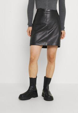 OBJCHLOE SKIRT PETIT - Mini skirt - black