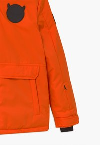 SuperRebel - SUSTAINABLE PLAIN UNISEX - Snowboard jacket - neon orange - 3