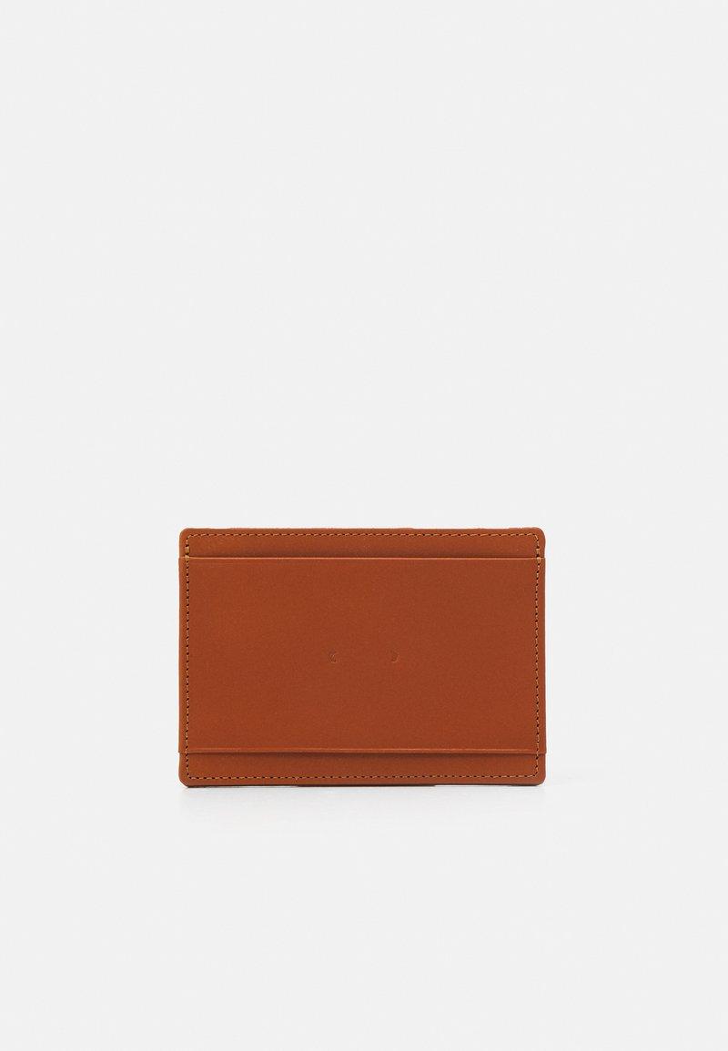 PB 0110 - Wallet - brown