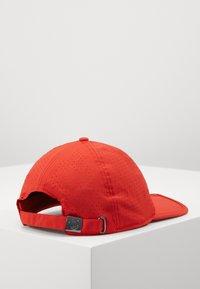 Bogner - LEE - Caps - red - 4