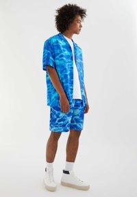 PULL&BEAR - Shirt - neon blue - 1