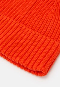 ARKET - BEANIE UNISEX - Čepice - orange bright