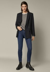 Massimo Dutti - SKINNY-FIT - Jeans Skinny Fit - blue - 0