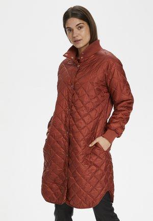 Winter coat - cayenne