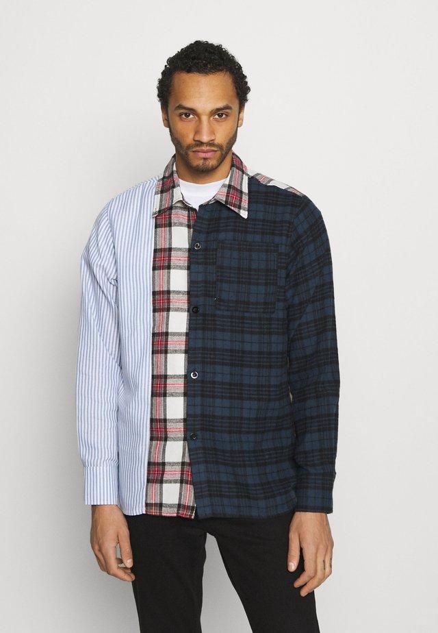 SOCTT - Skjorter - blue