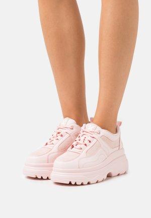 VEGAN VINSMOKE - Trainers - light pink