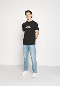 274 - CACTUS FLAME TEE - Print T-shirt - black - 1